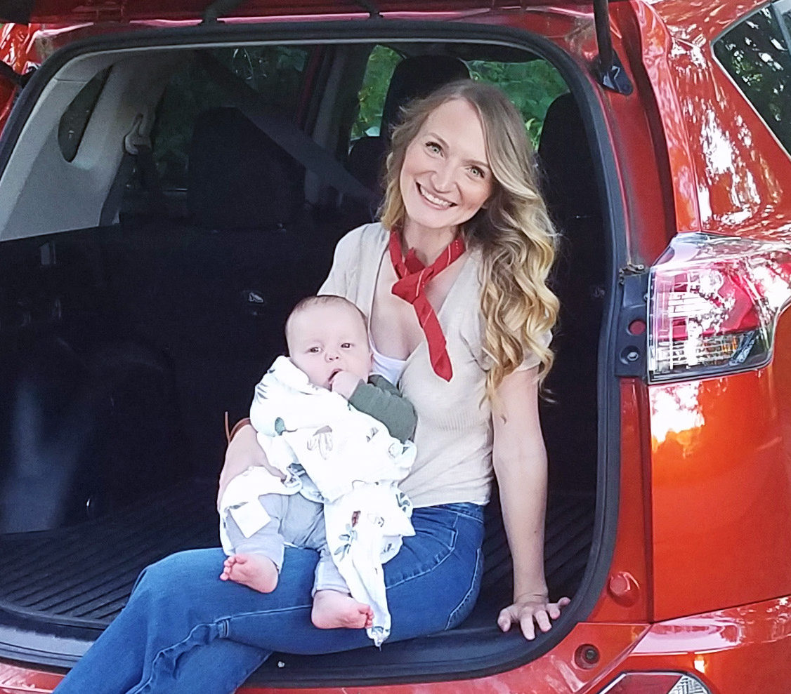 Birthing While Driving, with Laura Loos